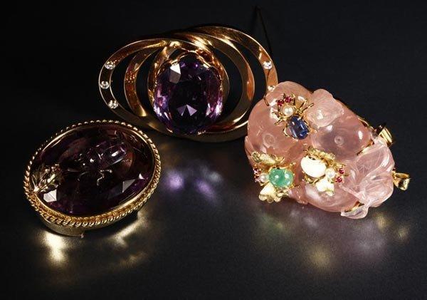 1023: Three gem set brooches