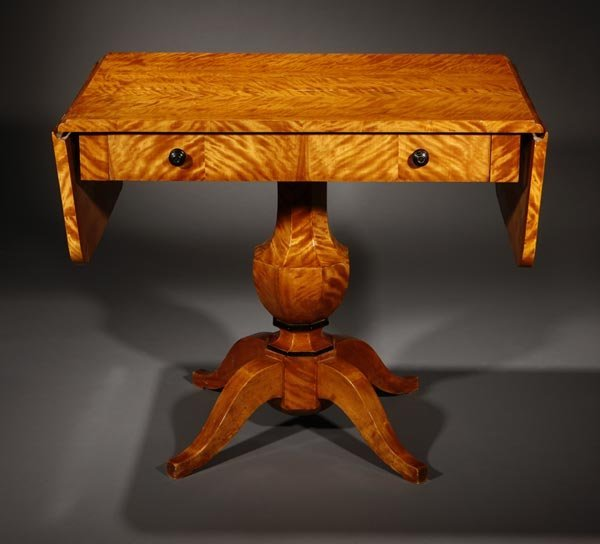 1012: A Biedermeier satin birch sofa table