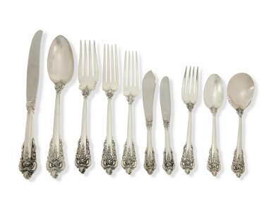 "A Wallace ""Grand Baroque"" sterling silver flatware"