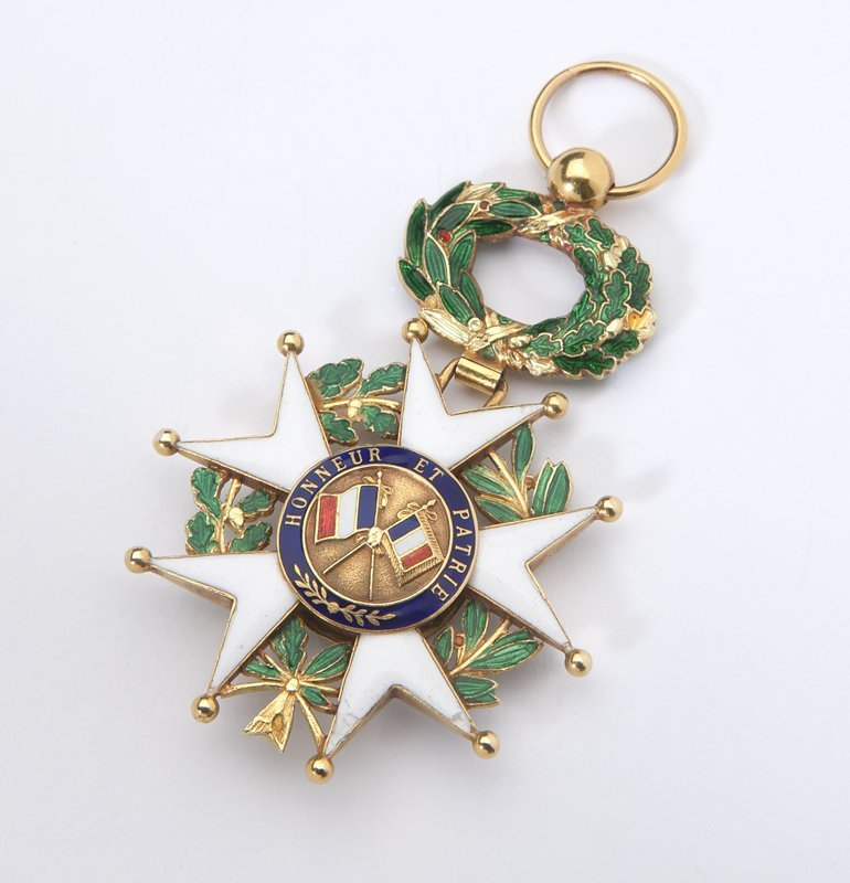 1011: A gold and enamel French Legion of Honor medallio - 2
