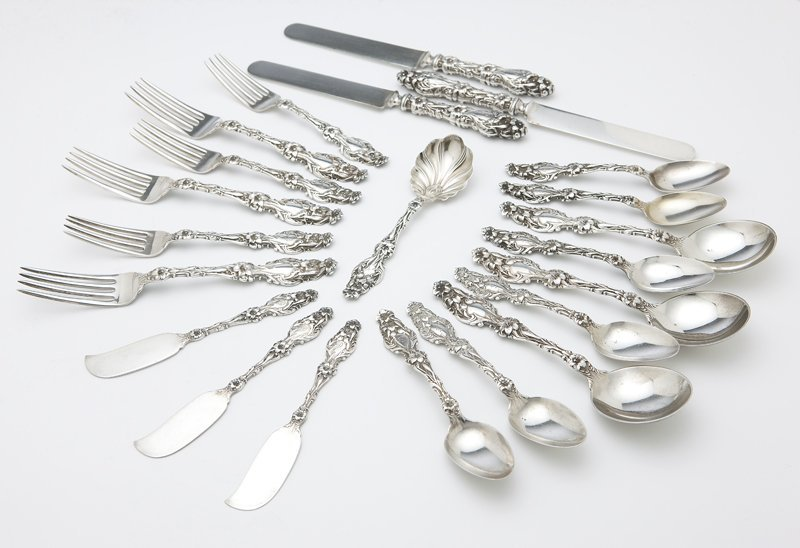 1008: A Whiting sterling silver part flatware service