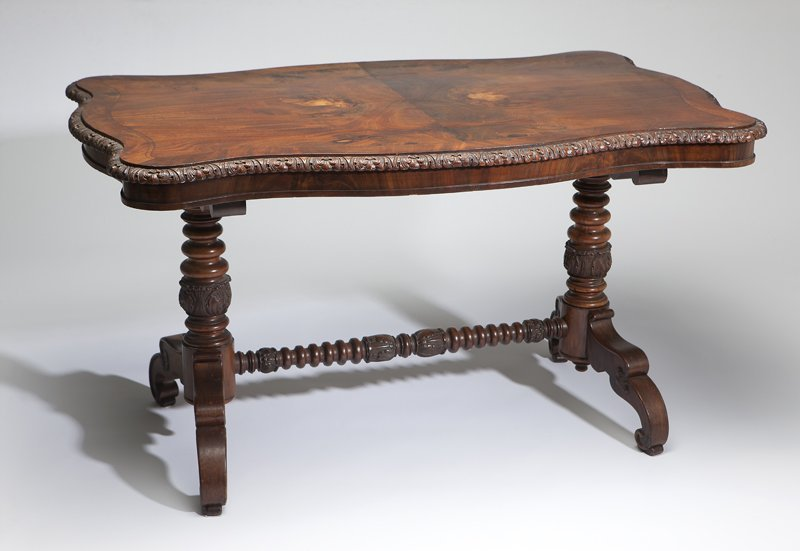 1014: A Continental sofa table