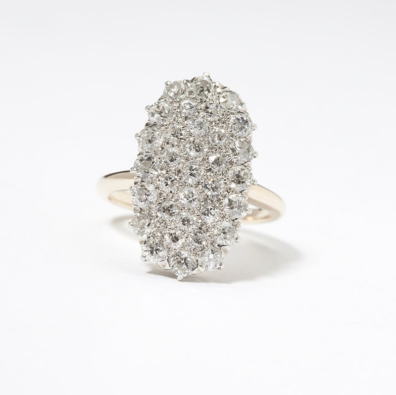 1106: An Edwardian diamond plaque ring
