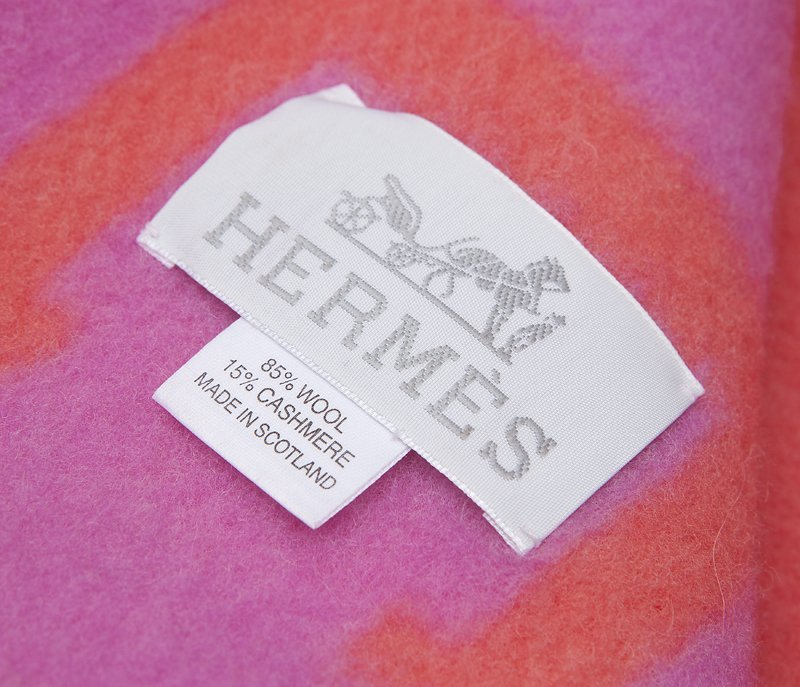1282: An Hermes 'Avalon' wool and cashmere blanket - 2