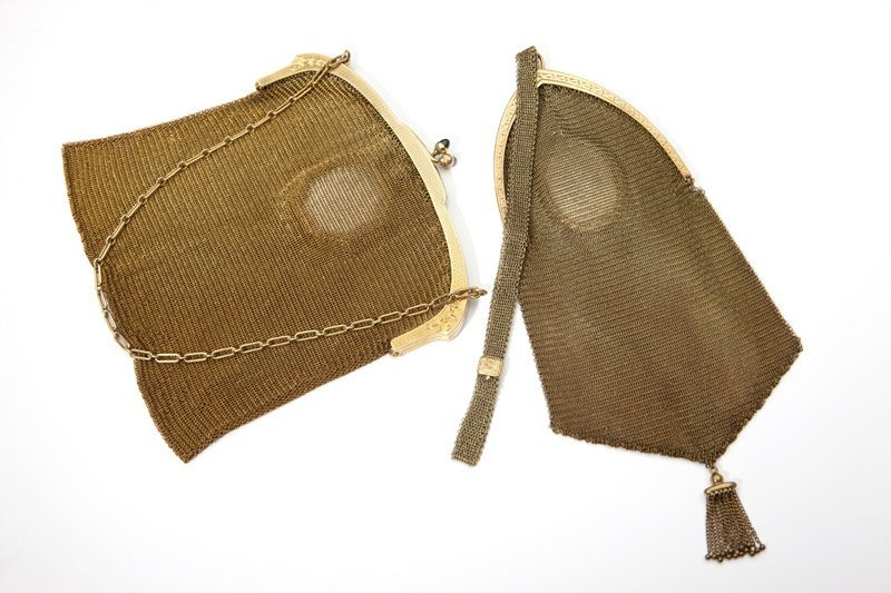 16: Two mesh purses with gold frames
