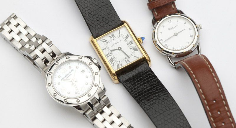 254: A collection of three ladies wristwatches