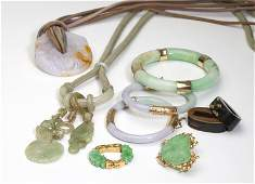 309 A group of jade and hard stone jewelry