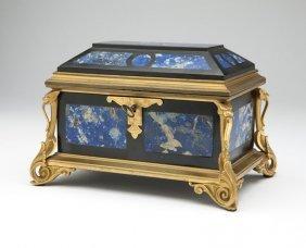 A Napoleon III Table Casket, Tahan