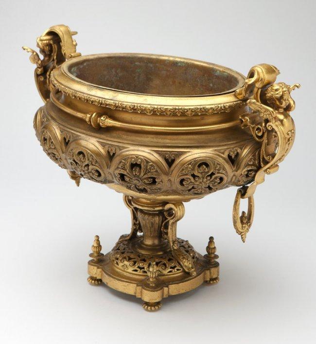 A napoleon iii gilt bronze jardiniere lot 1006 for Jardiniere napoleon 3