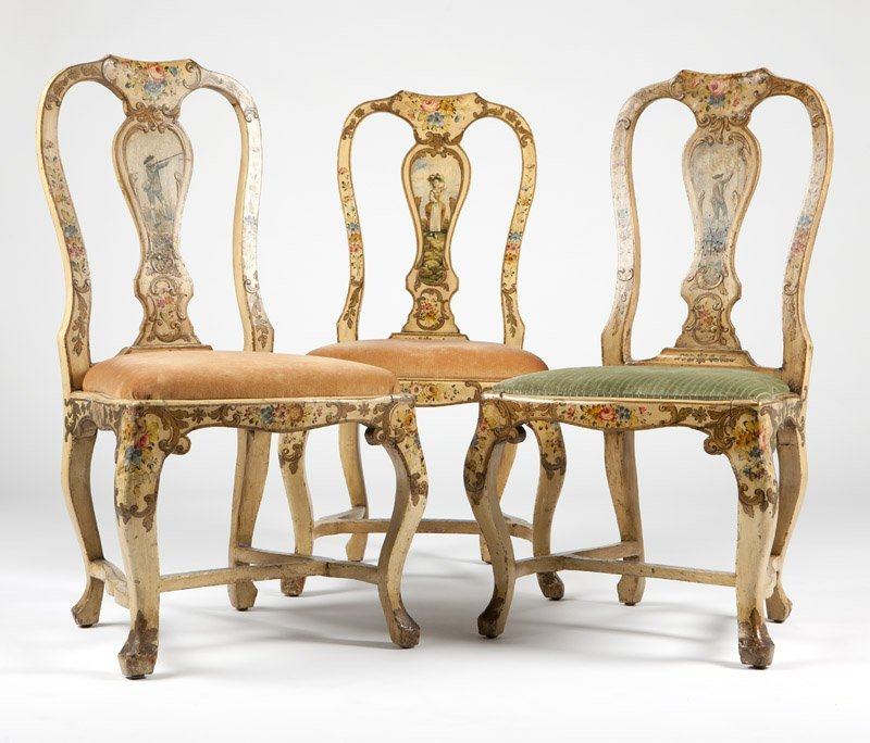 An Italian Rococo style painted bedroom set - 3