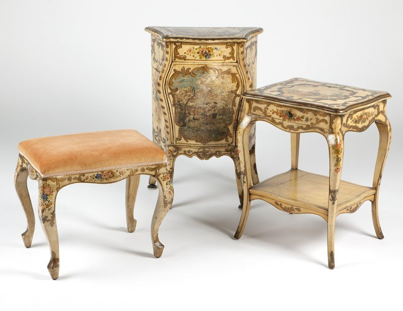 An Italian Rococo style painted bedroom set - 4