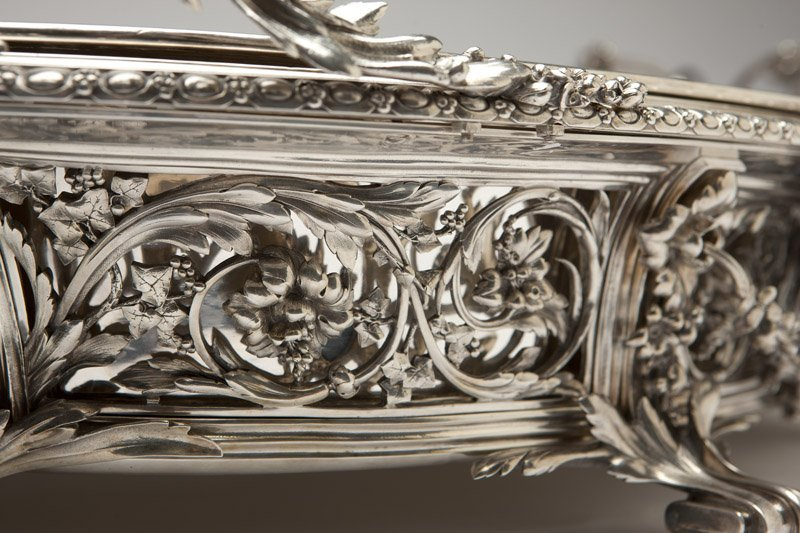 A monumental Christofle silver-plated jardiniere - 2