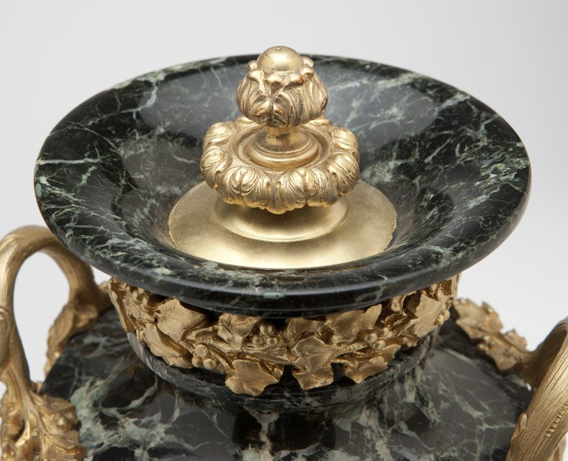 A pair of marble & gilt bronze urns - 2