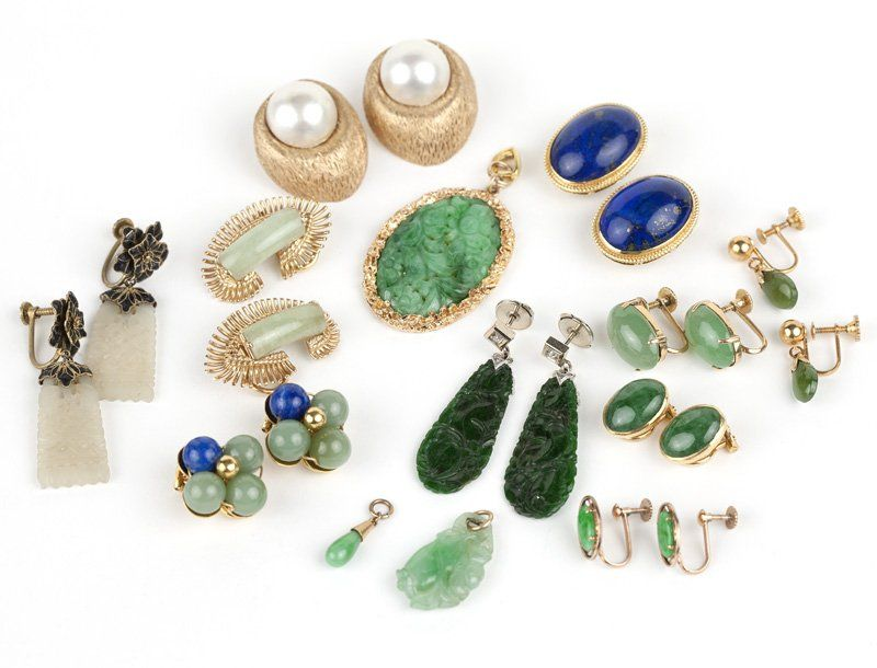 A group of hard stone, jade and gold jewelry