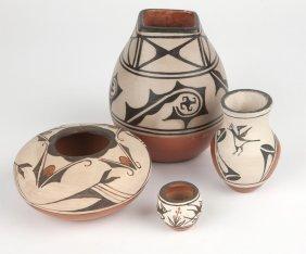 4 Zia And Santo Domingo Pueblo Pottery Vessels