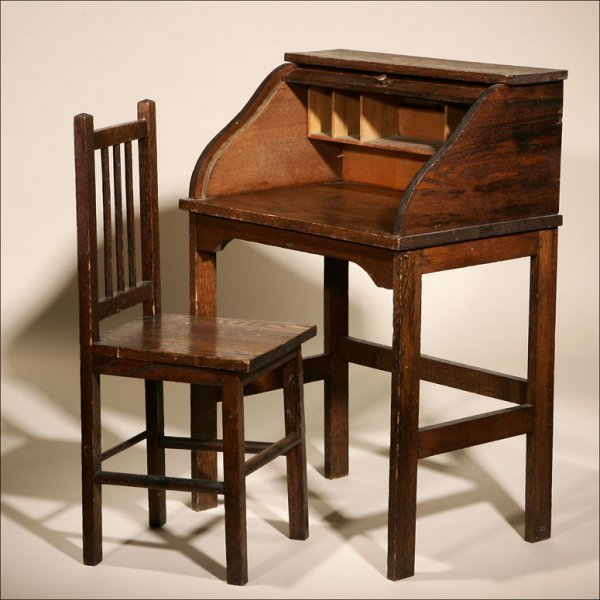 1003: A FENCER & CO. CHILD'S ROLL TOP DESK AND CHAIR