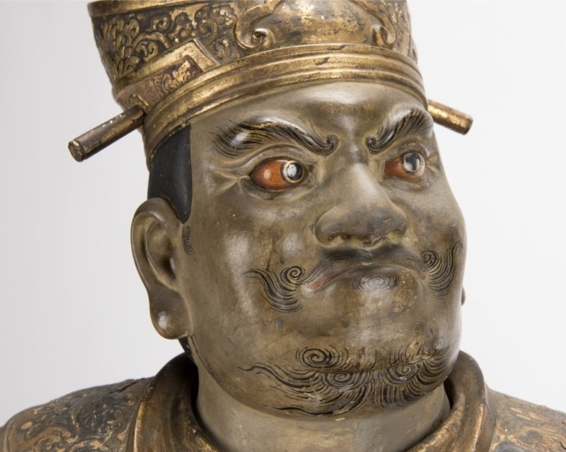 A Japanese carved and polychromed temple guard - 2