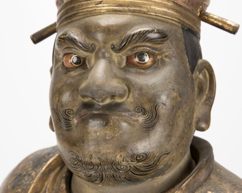 A Japanese carved and polychromed temple guard - 5