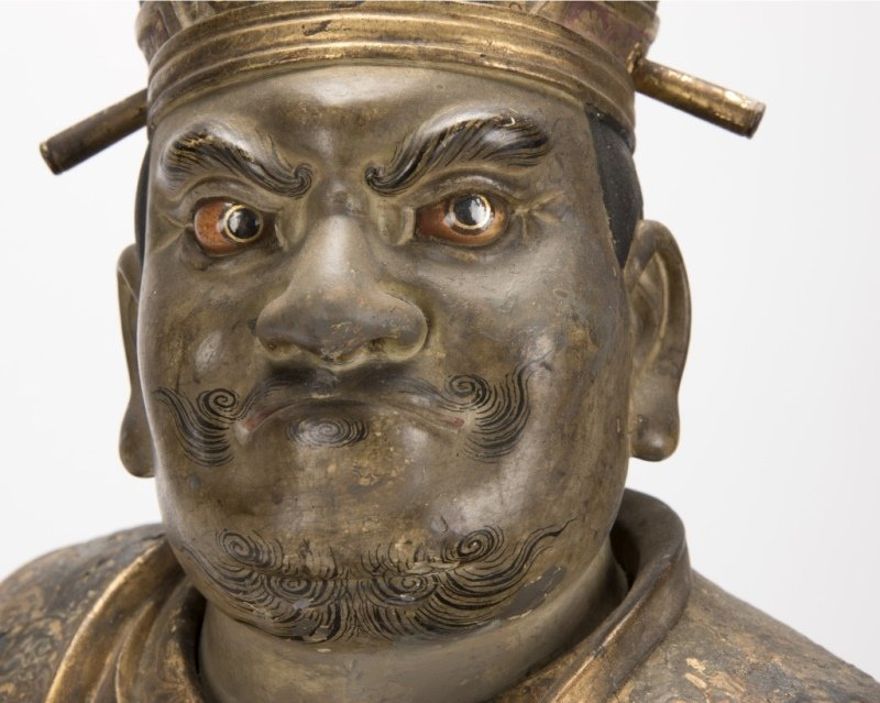 A Japanese carved and polychromed temple guard - 8