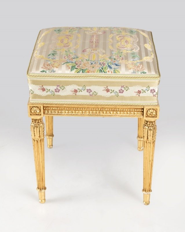 A Louis XVI-style carved giltwood stool - 2