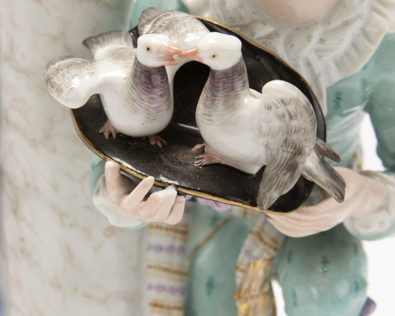 A Meissen porcelain figural group - 3