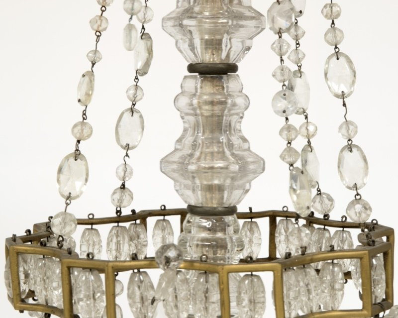 A French gilt bronze and cut-crystal chandelier - 2