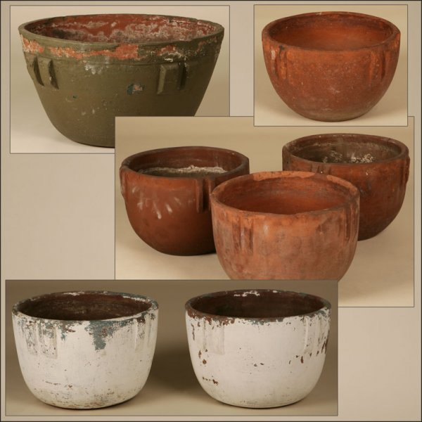1003: A GROUP OF SEVEN CALIFORNIA BAUER POTTERY BOWLS