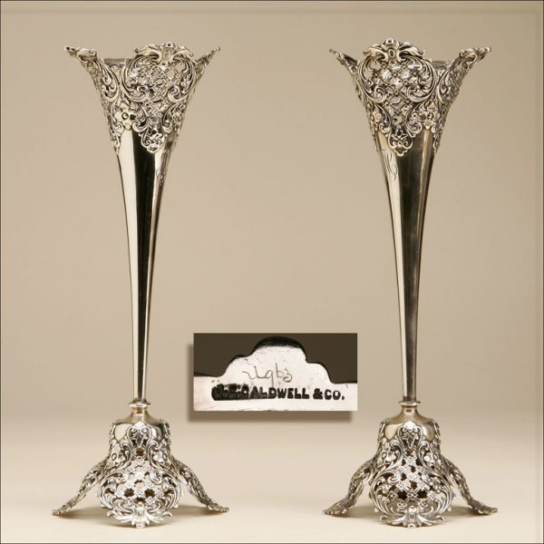 1021: A PAIR OF AMERICAN SILVER TRUMPET VASES