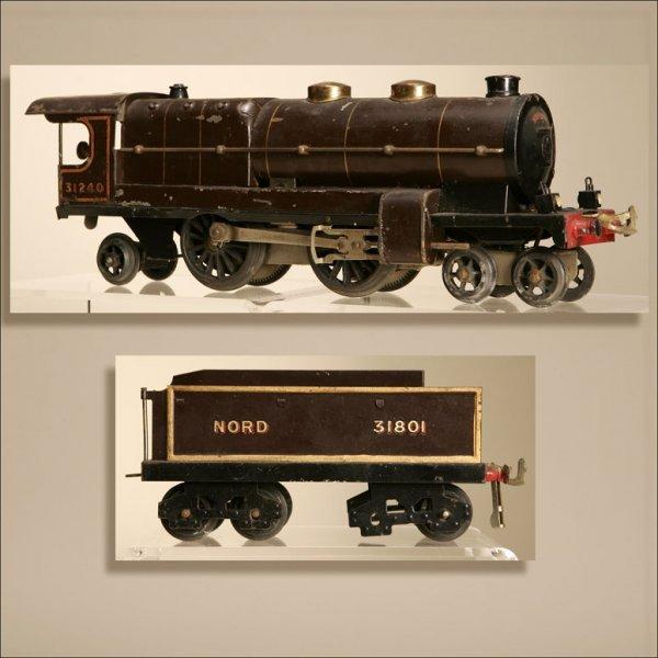1024: A BASSETT & LOWKE HORNBY 4-4-2 ENGINE & TENDER