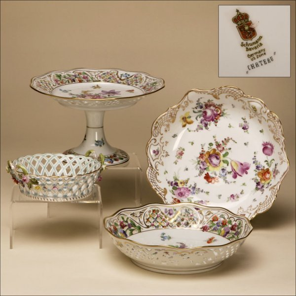 2001: AN ASSORTMENT OF GERMAN PORCELAIN DISHES