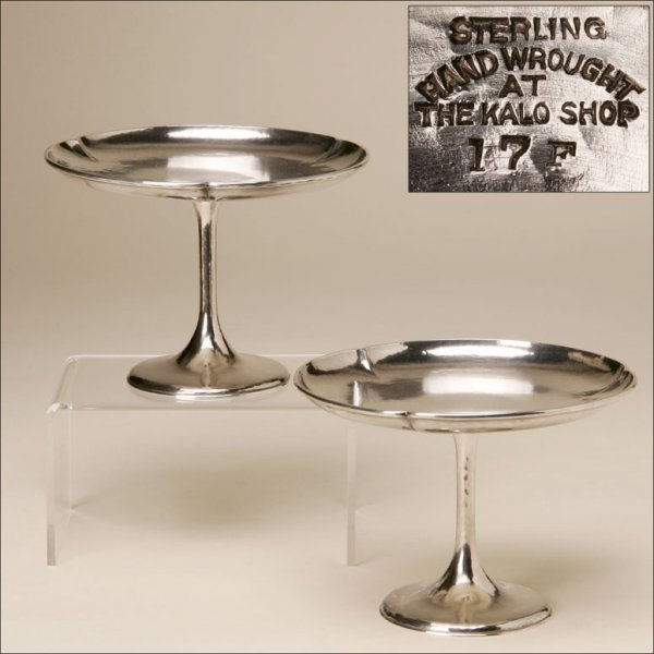 2018: A PAIR OF KALO STERLING SILVER FOOTED DISHES