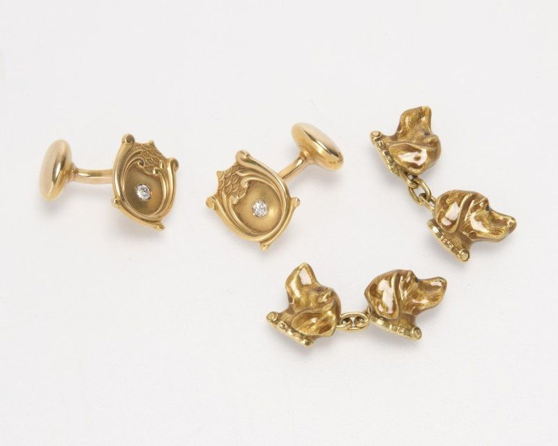 Two pairs of 14K yellow gold cufflinks