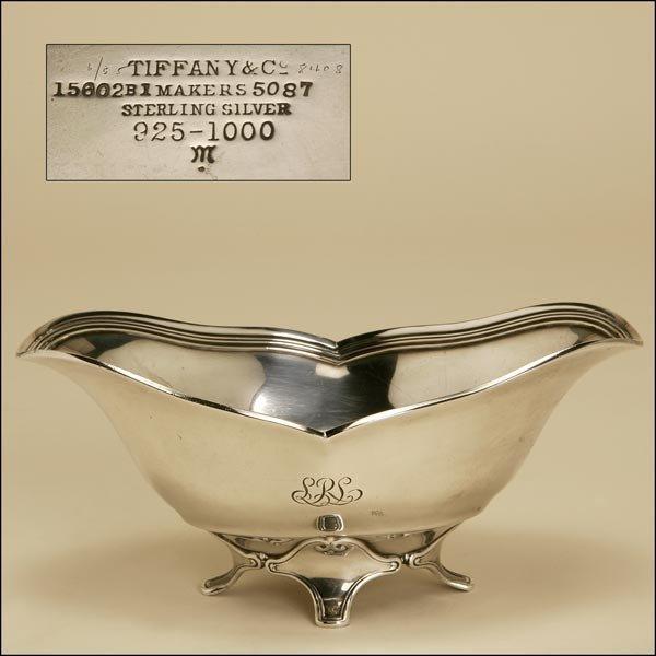 1001: A TIFFANY & CO. STERLING GRAVY BOAT