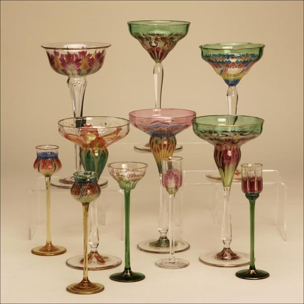 1021: AN ASSEMBLED PAINTED-BLOWN-GLASS STEM SERVICE
