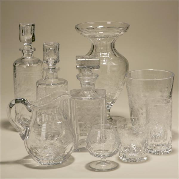 1023: A THIRTY PIECE GROUP OF MEHR CUT-GLASS