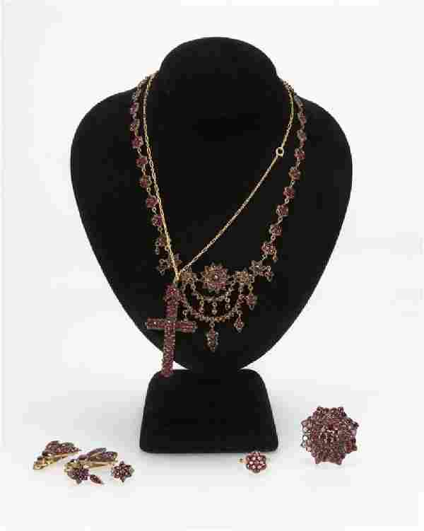 A group of six Victorian garnet jewelry items