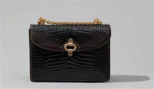 da88b93dde6 Vintage Gucci Brown Crocodile Leather Purse. placeholder