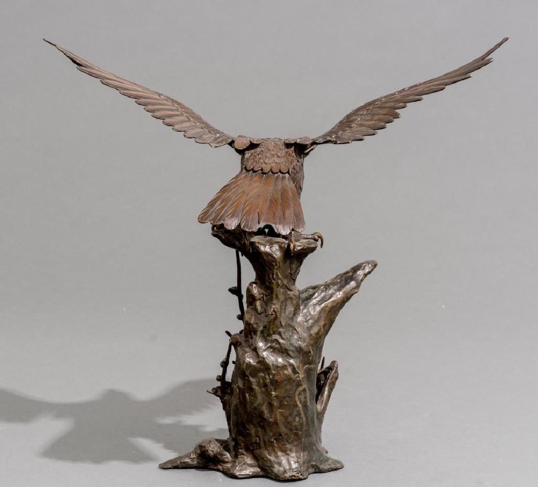 Japanese Bronze Eagle Sculpture Signed - 4