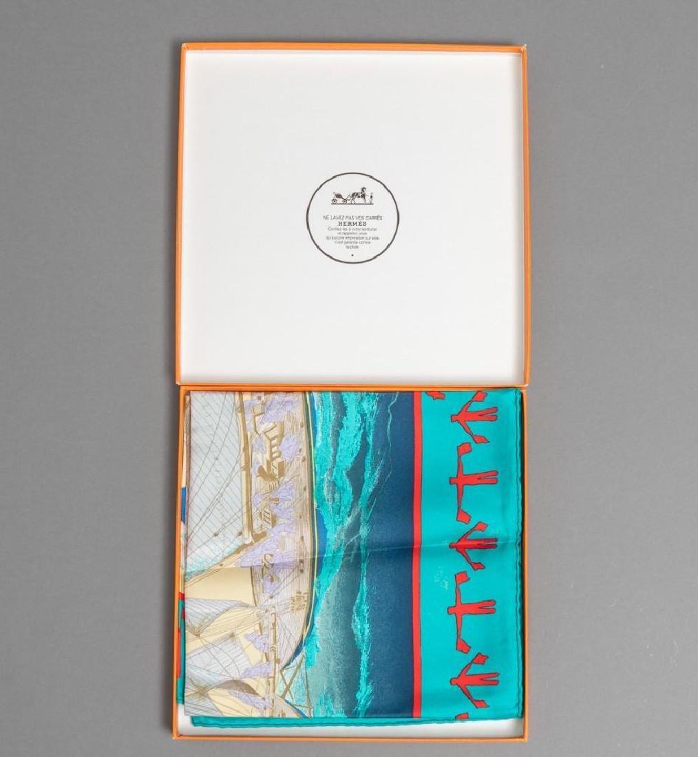 "Hermes Scarf ""En Course"" in the Original Box - 2"