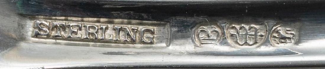 """Watson, """"Windsor Manor"""", 90-piece Sterling Flatware - 5"""