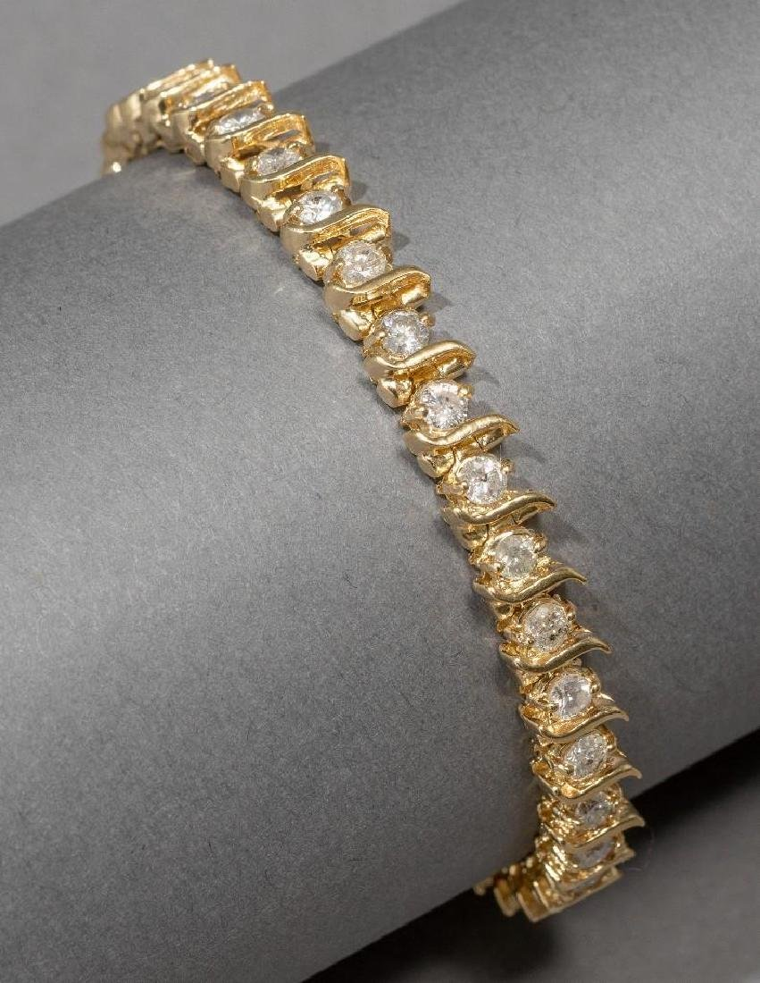 Estate Jewelry Ladies' Diamond Tennis Bracelet