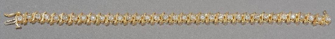 Estate Jewelry Ladies' Diamond Tennis Bracelet - 4