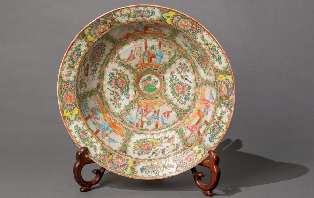 Chinese (ca. 18th/19th c. Famille Verte Large Bowl