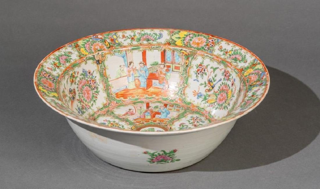 Chinese (ca. 18th/19th c. Famille Verte Large Bowl - 2