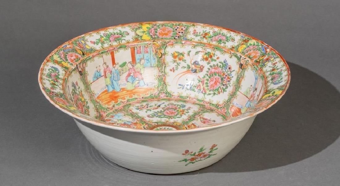 Chinese (ca. 18th/19th c. Famille Verte Large Bowl - 3