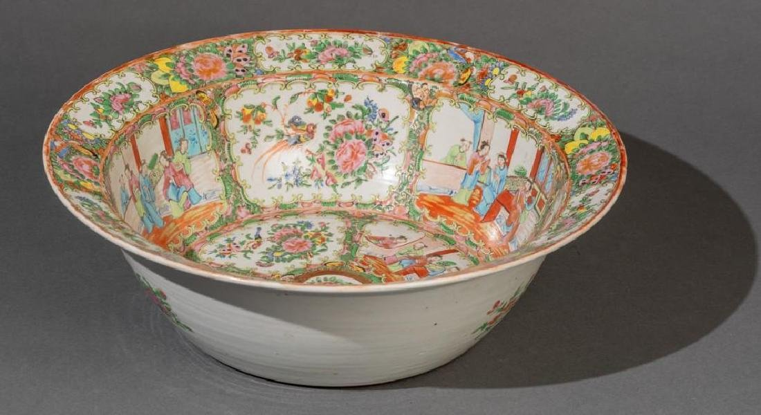 Chinese (ca. 18th/19th c. Famille Verte Large Bowl - 4