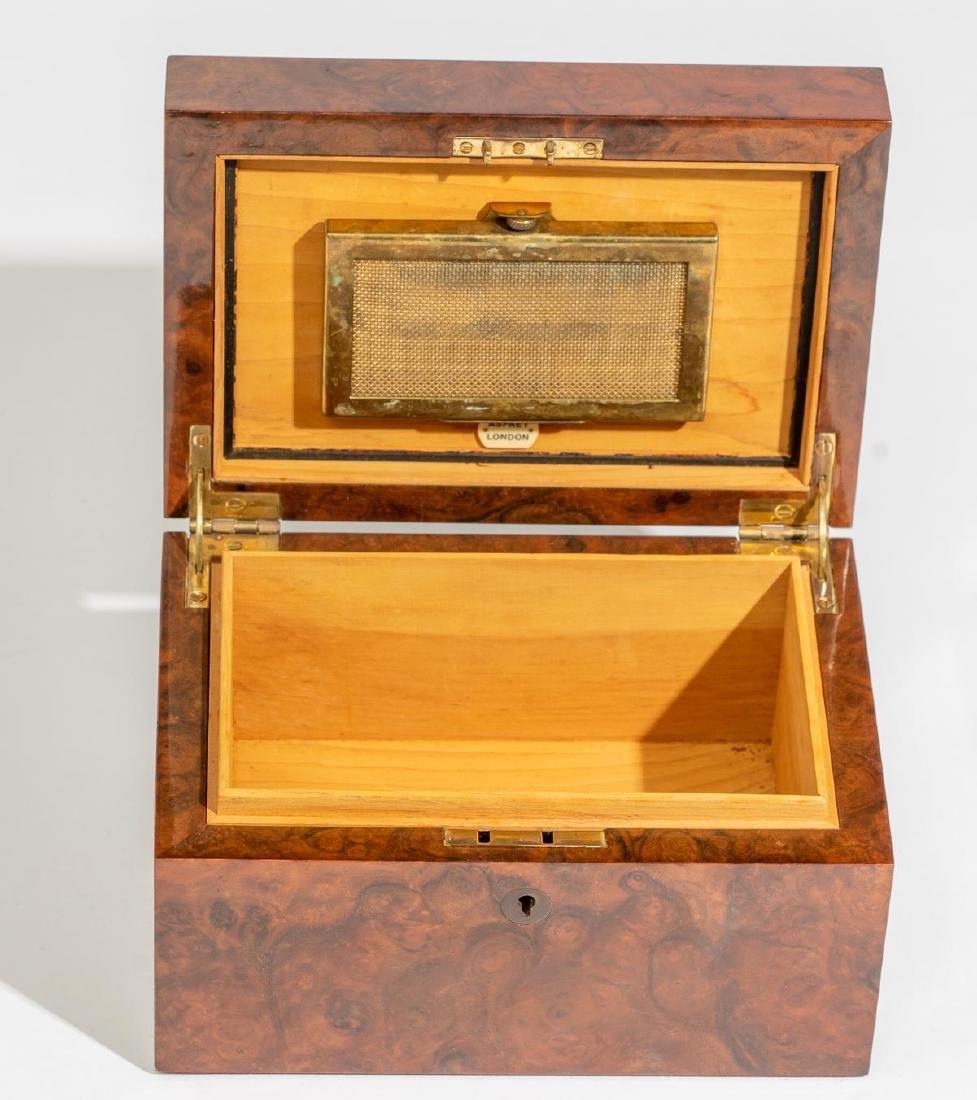 Asprey & Co.(London, 20th century), Burl Wood Humidor - 6