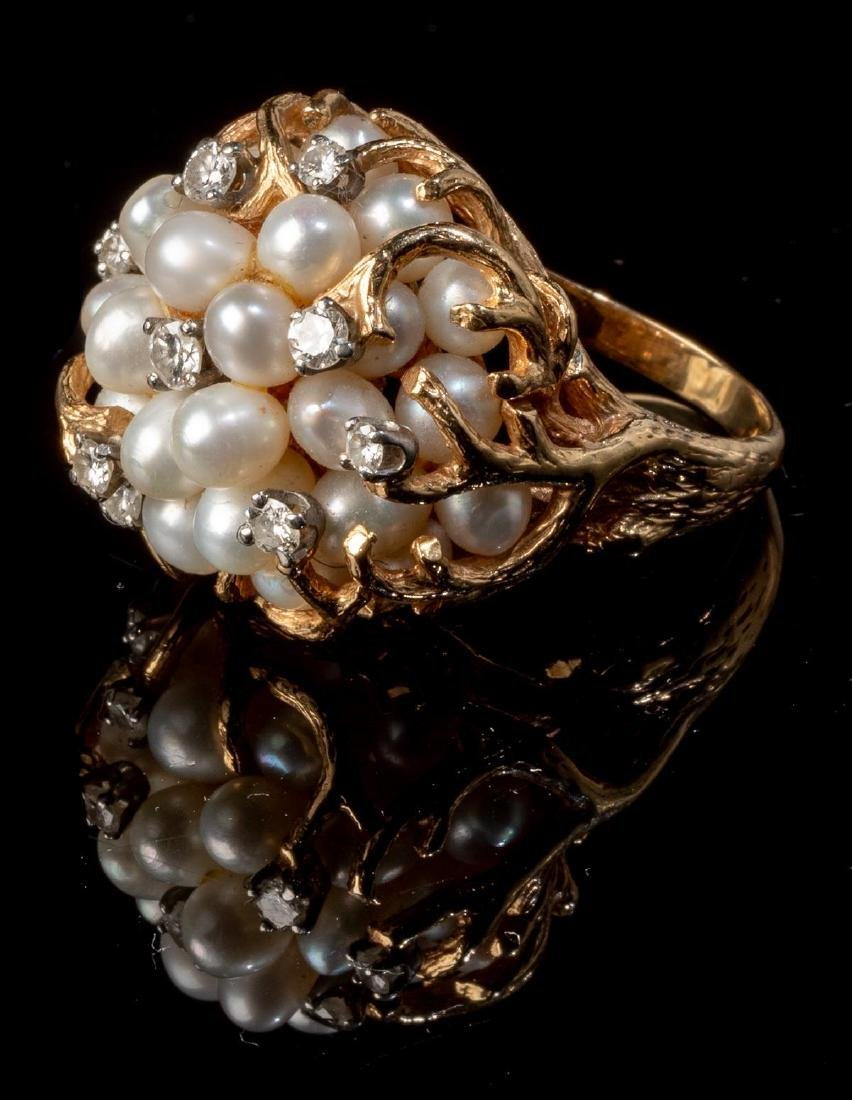 Ladies' Diamond & Pearl 14k Gold Cocktail Ring