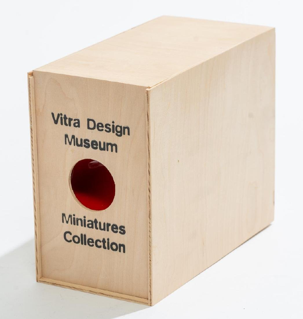 Verner Panton, Vitra Design Museum Miniature Chairs - 3