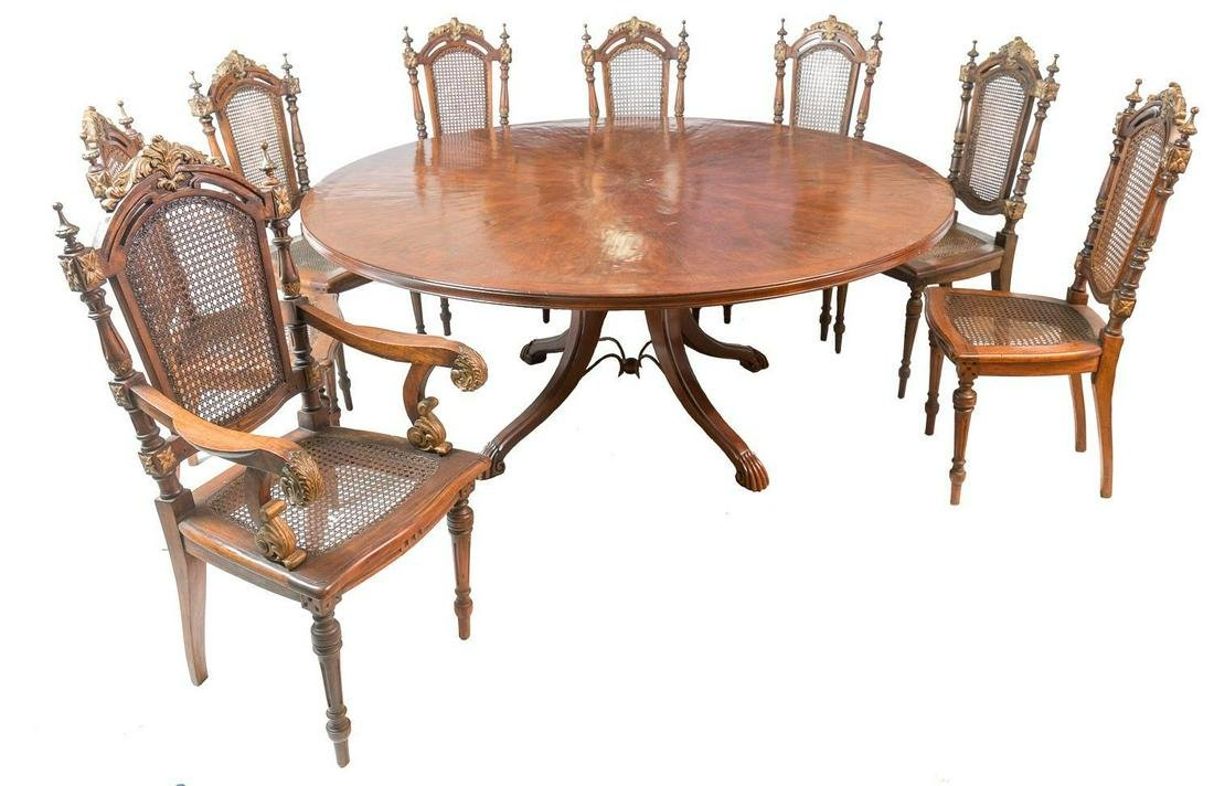 Georgian Mahogany Dining Table with Eight Chairs